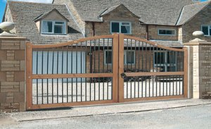 Picture of Wooden Automated (Automatic) Gates